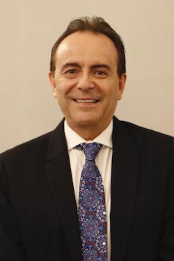 Copia de DR. ROBERTO STOREY MONTALVO
