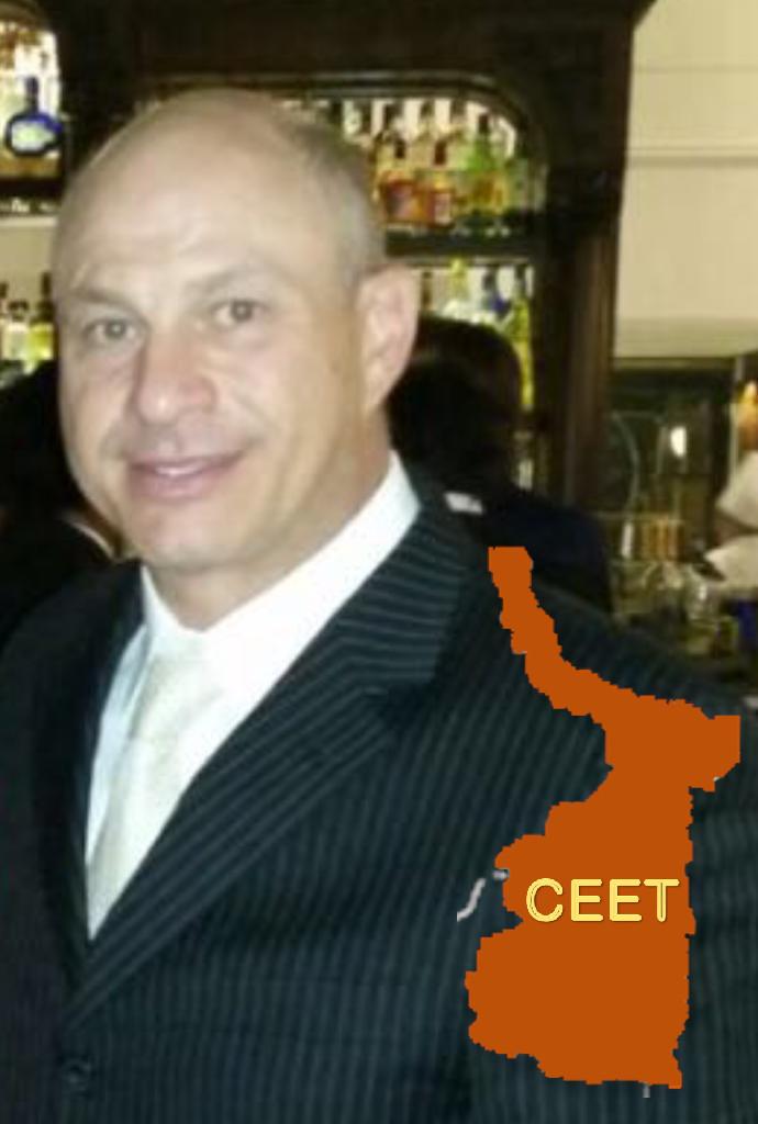 Carlos Manzur