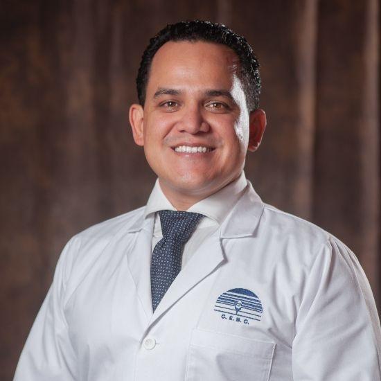 Dr Gabriel Salgado